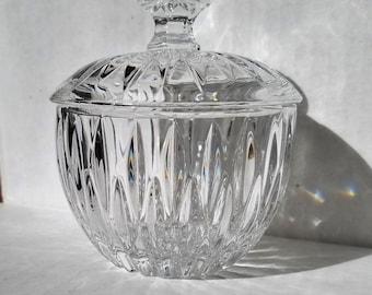 Crystal sugar bowl covered