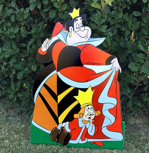 Queen of Hearts - Alice in Wonderland - Party Decoration - Cut out/ standee