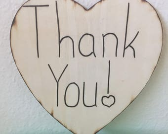 Thank You Heart Sign - Perfect for Weddings, Birthdays, or Any Other Occasions!