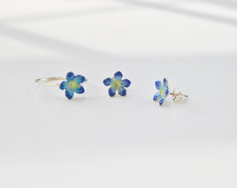 forget-me-not earrings, flower earstuds, minimalist earstuds