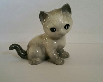Grey Cat Figurine; Vintage Cat Figurine; 1960's Antique Cat; Cat Collectible; Porcelain Cat