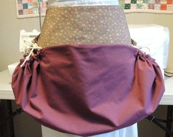 Harvesting apron with embroidered pockets and pretty floral print