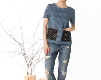 Polka dot linen top, Loose fitting womens top, Front pockets, Short sleeves casual, Denim blue blouse, Split back top, Button back blouse
