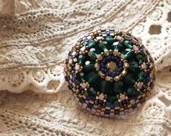 beaded brooch, Brooch, green brooch, gift brooch, bead embroidery, brooch embroidered,