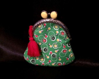 lime green & yellow kisslock coin purse. Holds credit cards, change, bills. READY TO SHIP!