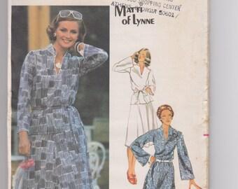 Butterick 5390 / Misses' Dress, Top, Skirt & Belt / Size 16 / 70's Vintage Sewing Pattern