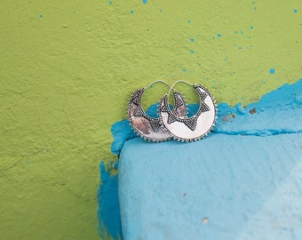 Earrings Silver Plated Hoops Dots / Boucles d'oreilles Créoles Points en Laiton