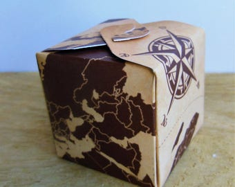 10 boxes dragées cardboard Mika PM - travel, world map, compass
