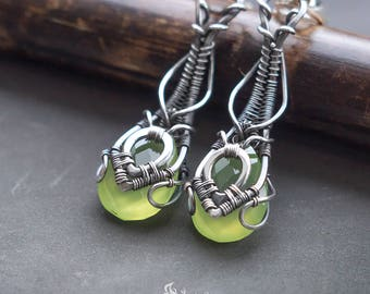 Silver green chalcedony earrings // Wire wrapped silver earrings // Long silver green earrings // Green stone silver earrings // Grass Green