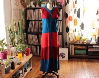 vintage 1970s sweater dress . colorblock maxi dress by Snapdragon . sleeveless button front dress