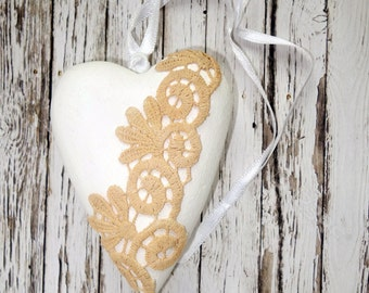 Wedding decoration / gift white wood heart lace vintage look romantic shabby chic