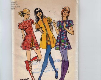 1970s Vintage Sewing Pattern Simplicity 9544 Misses Mod Bohemian Easy Jiffy Mini Dress and Short Shorts Size 12 Bust 34 1971 UNCUT