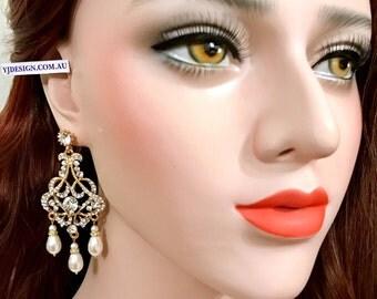 Chandelier Bridal Earrings, Gatsby Wedding Earrings, Art Deco Wedding Jewelry, Silver or Gold Earrings, Swarovski Bridal Jewelry, CARMEN
