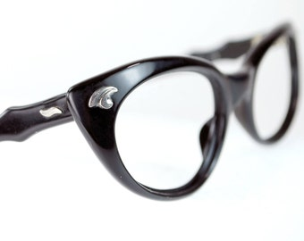 French Black Curly Cat Eye Eyeglasses with Silver Floral 12K Accents  Black Cat Eye Optical Frame France 46/22