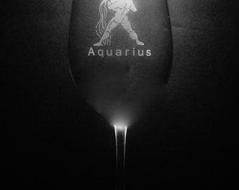 Aquarius 13 Ounce Wine Glass