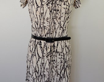 last chance Vintage BLACK AND WHITE dress with belt