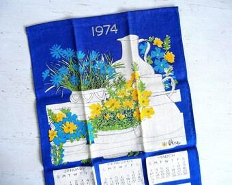 Unused Vera Towel | 1974 Calendar Towel | Flower Pots | Vera Neumann | Ladybug Logo NOS