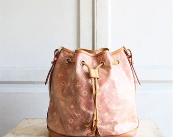 90s vintage Dooney & Bourke bag | bucket bag | pink Dooney purse