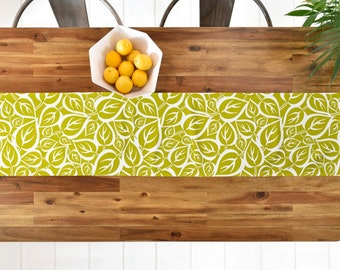 Green Table Runner // Table Linens // Fall Decor // Kitchen Decor // Falling Folliage Design // Green Leaves // Table Decoration //