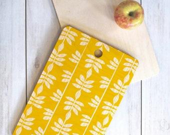 Wood Cutting Board // Kitchen Decor // Serving Board // Three Sizes // Abadi Sunburst Design // Round, Square, Rectangular // Yellow