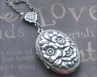 Locket Necklace, Rose Jewelry, Photo Locket, Picture Necklace, Silver Locket Necklace, Wedding Jewelry, Mother Of Three, Bridesmaid BFF GIFT