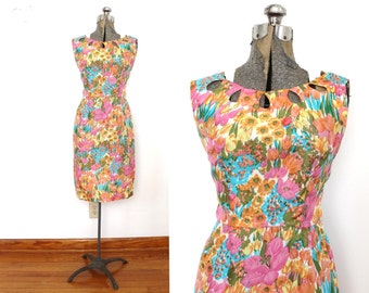 60s Wiggle Dress / 1960s 1950s Floral Tulip Print Silk Wiggle Dress