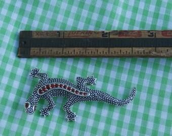 Vintage Emmons Gem Eyed Lizard Brooch, Red Rhinestones 1970s Era, Unmarked, Silver Toned Metal