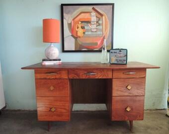MID CENTURY MODERN 7 Drawer Desk (Los Angeles)
