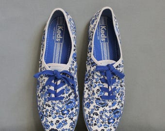 Women's Summer Blue White Floral Keds Canvas Sneakers, Tennis Shoes, Skater Shoes, Retro 50s 60s, Boho, Preppy, US Size 9.5, Euro Size 40.5