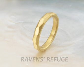 chiseled wedding ring -- rustic 3mm wedding band in 21k gold
