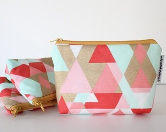 simple pouch -- geo coral