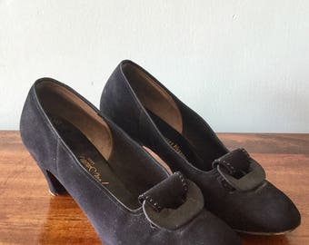 1940s Black Suede Pumps Size 7/7.5