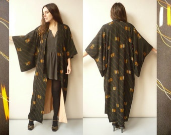 1940's Vintage Black Silk Full Length Japanese Kimono Robe Duster Jacket