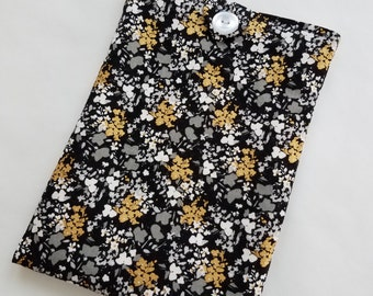 Black and Gold Kindle Sleeve