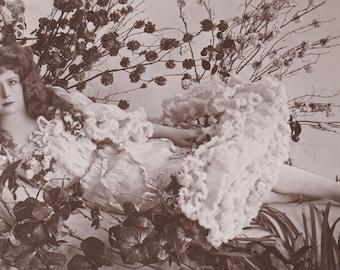 Mabel Love 3, British Stage Beauty, circa 1905. Vintage British Postcard