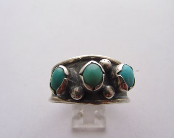 Vintage and Handmade Silver and Turquoise Gents Ring