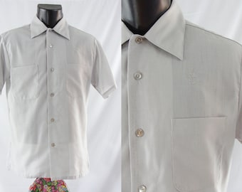 SALE Vintage Men's Shirt - Sixties Men's Button Down - 60's Short Sleeve Shirt - Grey Men's Shirt - Medium Men's Shirt - Large Men's Shirt