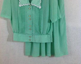 Andrea Gayle Petites skirt set mint green size 8 vintage beautiful buttons, lace trim collar