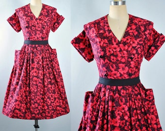 Vintage 50s Dress / 1950s Cotton Belted Sundress Black Red Floral Roses Full Swing Skirt Shirtwaist Sailor Collar Garden Party Pinup  Medium