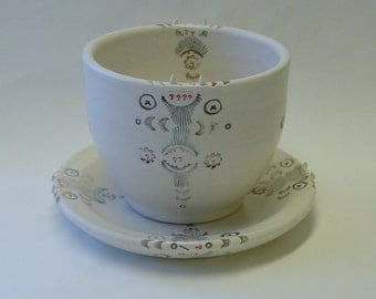 Pointed Questions Porcelain Big Cup and Saucer Set