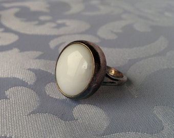 Vintage Taxco Sterling Ring, Milk Glass Cabochon Sterling Silver Taxco Ring, Vintage Taxco Ring