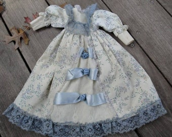 Antique Floral Cotton and Lace Satin Ribbon Roses Empire Waist Victorian Ball Doll Dress with Puff Sleeves Doll Clothes Toy Gift for Girl 95