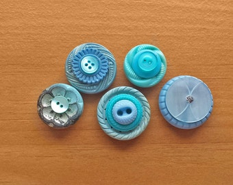 Stacked Button Magnets, 5 Blue Magnets with Vintage Buttons, for Magnet Boards and Refrigerators