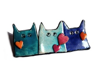 blue CAT BROOCH, Cat pin, Mother's day gift, fun cat brooch, red hearts, contemporary jewelry for cat lovers, fun pastel blue dark violet