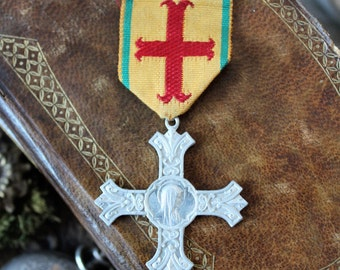 French antiques tin-plate medal priest cross diocese Holy Virgin religious protection catholic prayer
