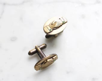 Vintage Brass Handshake Cuff Links | Charlie Brown's, Weddings Groomsmen Gift