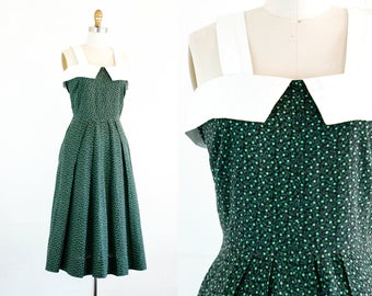 Vintage 1940s dress . Clover Field . green 1940 sundress . floral cotton print feedsack dress