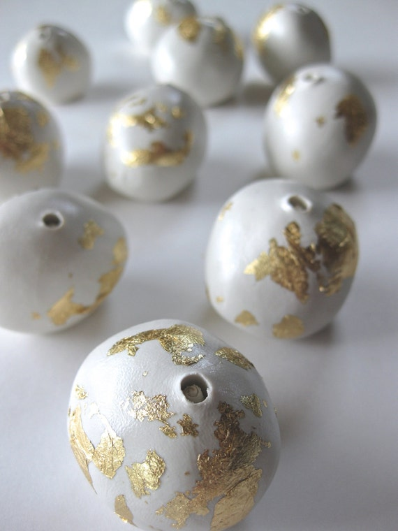 Gold Leaf Eucalyptus gumnut (set of 10)