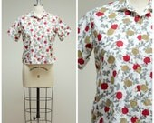 Vintage 1950s Shirt • Winter Rose Garden • Brown Red Rose Print Cotton 50s Blouse Size Medium