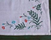 Pink & Turquoise Embroidered Floral Table Runner, Vintage Linens, Vintage Table, Tablecloth, Tablerunner